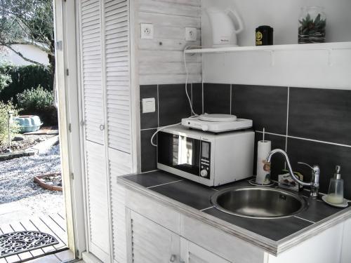 Chambre d'hôte - Cabane Blanche - La kitchenette