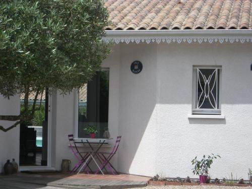 Chambre d'hôte - Cabane Blanche - L'entrée de la maison principale